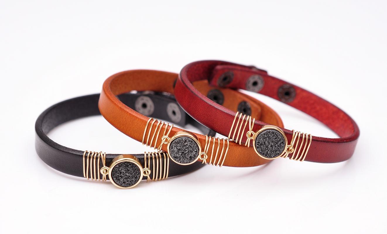 Natural Cool Noir Druzy Quartz Rouge Bracelet manchette en cuir Bracelet Bangle réglable Fermeture par bouton pression Hommes Femmes