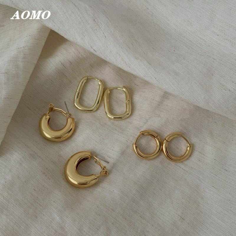 AOMU 2020 Simple Chic Brass Metal Gold Hoop Earrings Vintage Round Circle Twisted Geometric Earrings for Women Hook Punk Ethnic