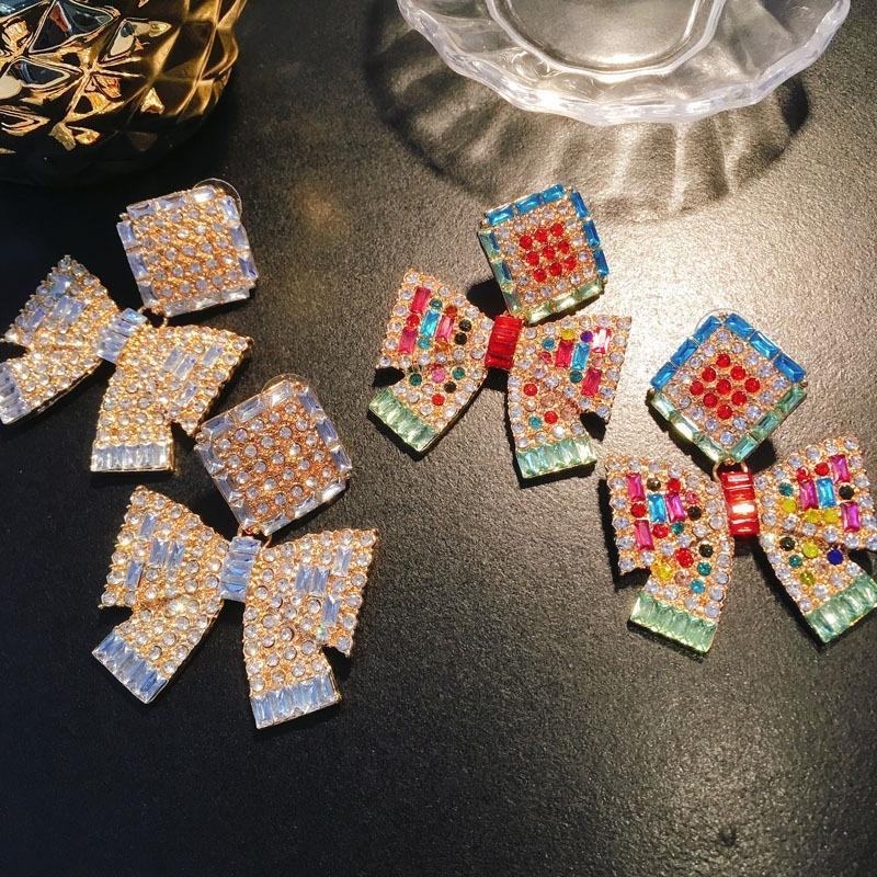 küpe kadı yönlü elmas Kadın Süper Flaş küpe ilmek IWpkS ins İnternet ünlü mizaç kelebek elmas kişiselleştirilmiş