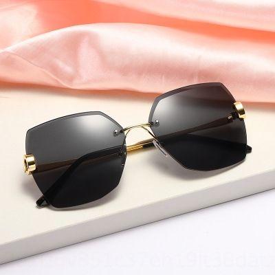 g8QWs Nova sol diamante incrustado sem moldura de metal cristal corte da moda óculos de sol óculos de sol de cristal polígono óculos de sol das mulheres