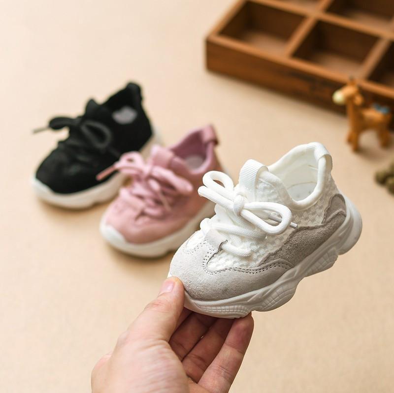 Baby Girl Autumn Boy Criança Casual infantil Running Shoes suave inferior Confortável respirável Crianças Sneaker Y200404