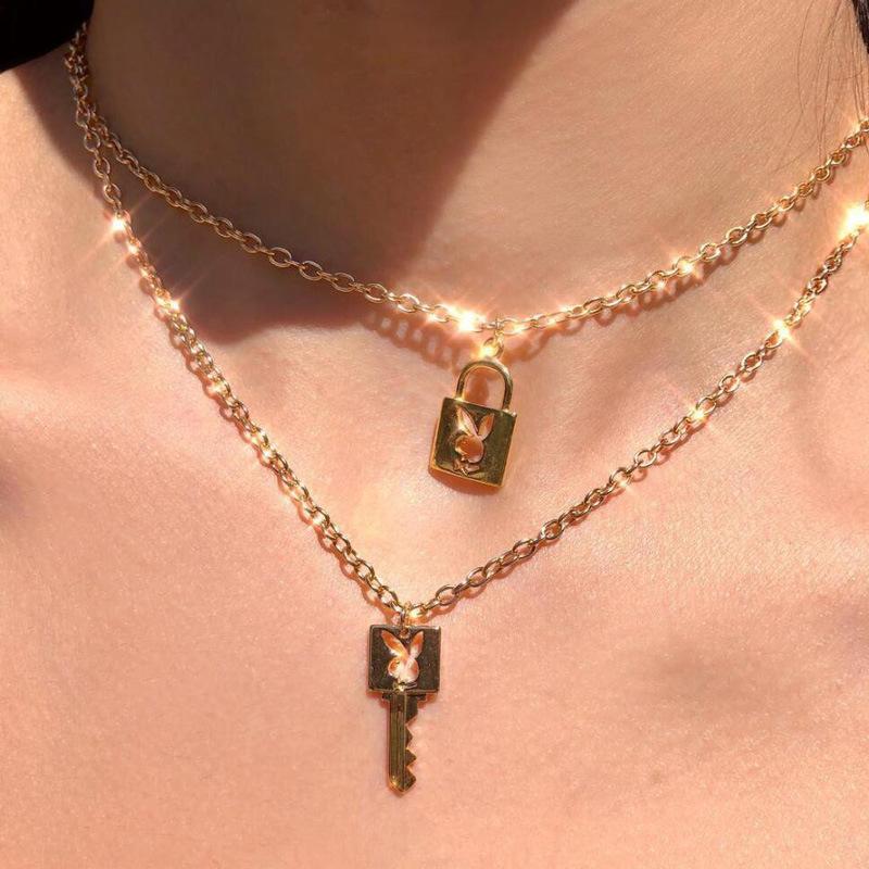 Yeni Ins Sıcak Paslanmaz Çelik Altın Kilit Anahtarı gerdanlık kolye Kadınlar kolye Salkım Gotik Kız Unisex Aşıklar Collares