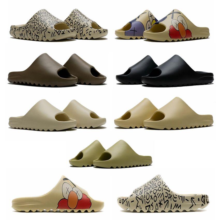 Kanye hombres de diapositivas mujeres diseñador de zapatillas de hueso de arena del desierto Resina triples diapositivas hombre de la moda negro sandalias de playa al aire libre pantoufle Plataforma