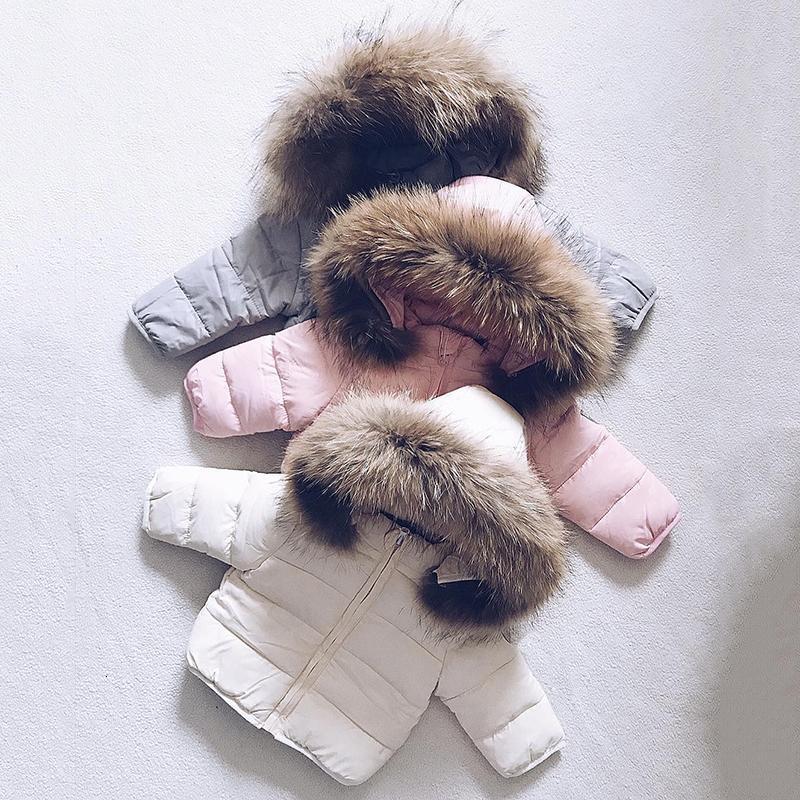 Kız 2020 Yeni Kış Katı Bebek Kapşonlu Bebek Düğme Giyim Kız Fermuar Uzun Ceket İyi Fall