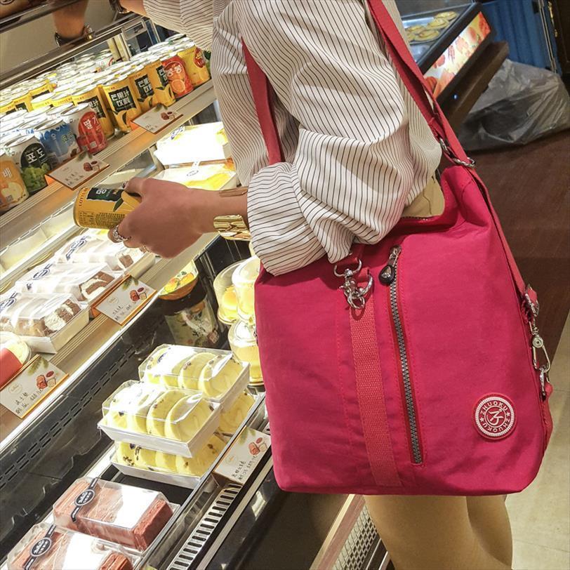 2020 Yeni Kadın Üst Kol Omuz Çantası Tasarımcı çanta Naylon Crossbody Çanta Kadın Casual Alışveriş Bez Messenger Çanta