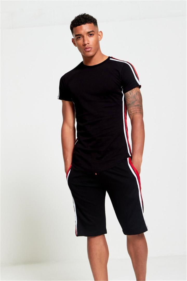 Suits Kurzarmshirt mit runden Ausschnitt Tops kurze Hosen Striped Panelled Designer Herren Tracksuits Natural Color Herren Aktiv