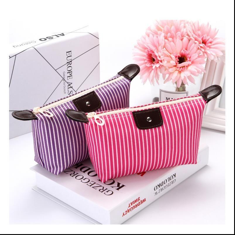 As mulheres constituem Cosmetic impermeável Bolsa cor doce Lady dobrável Viagem Organizer Bag Para artigos de toalete de Higiene Pessoal Kit