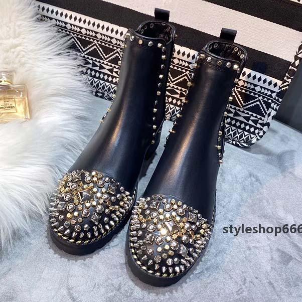 Luxe femmes Designer Martin Bottes de haut niveau Mode Desert Boot Marques Rivet et Automne Hiver Neige Boot Taille 35-41 avec la boîte