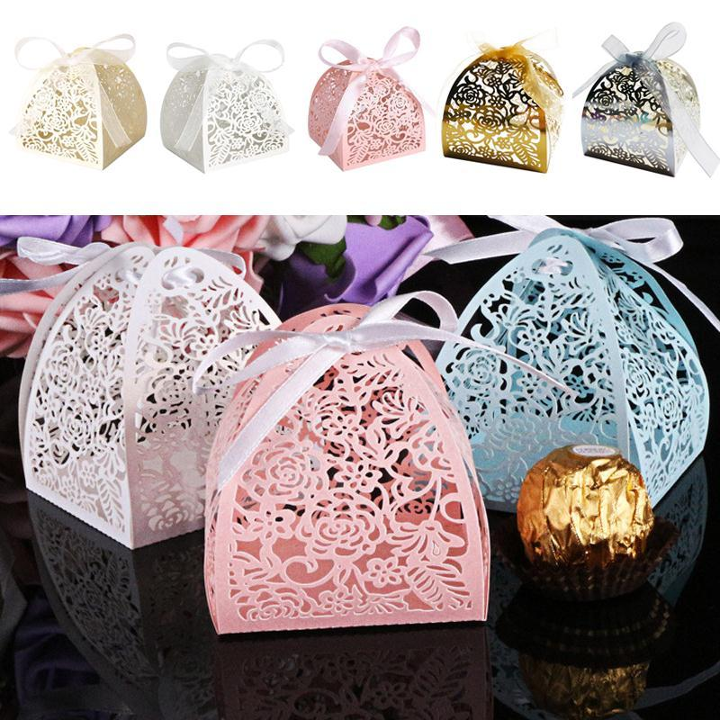Tragbare Süßigkeit-Kästen Papiergebäckdose Weihnachtsfest-Dekor-Dessert-Paket Speicher-Band-Geschenk-Box Hohl Hochzeit Craft