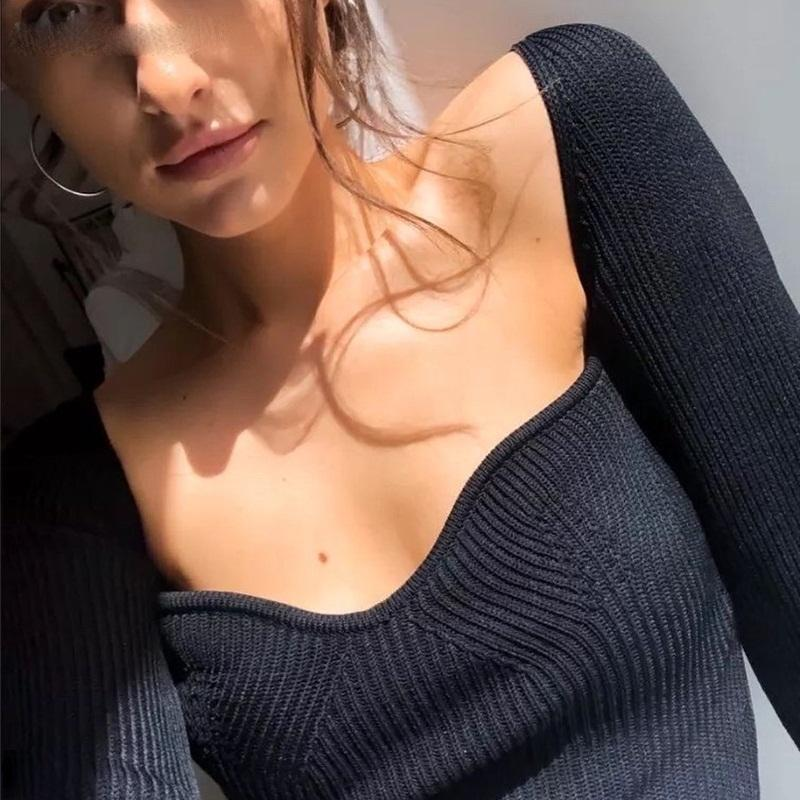 Low-Cut V-Neck Cropped Sexy Sweaters Women Bottoming Slim Fit Knitted Pullovers Women 2020 Solid Knitwear Female Jumper