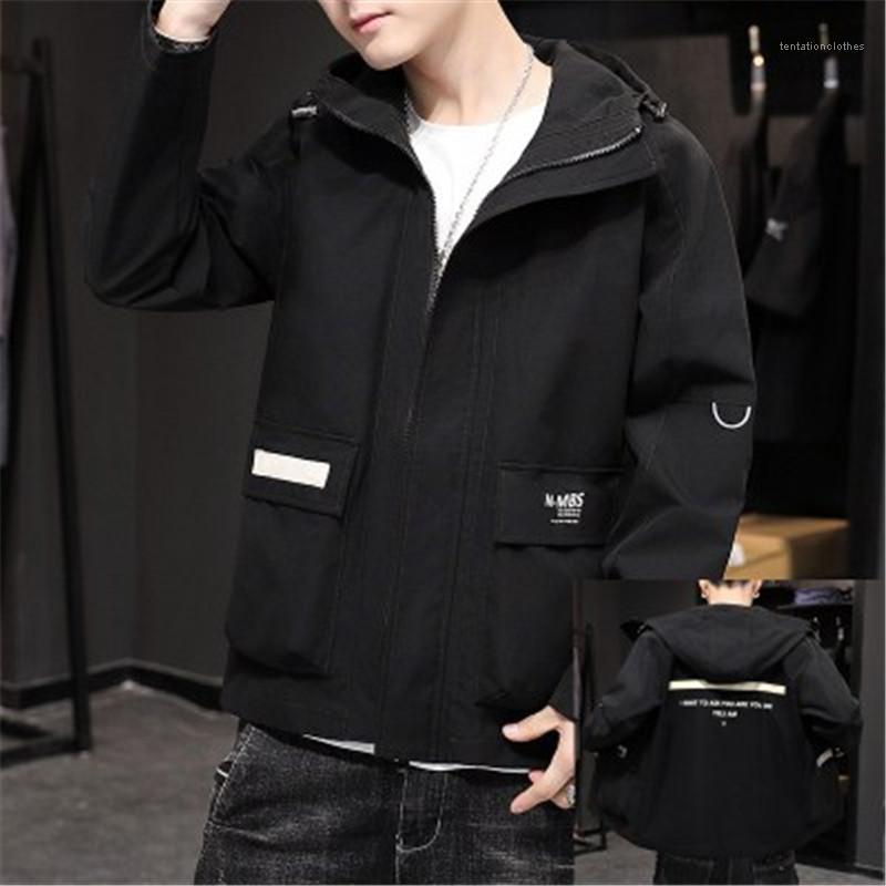Casual capa encapuchada del diseñador del resorte otoño masculino de la solapa del cuello de la cremallera del bolsillo de abrigo útiles del hombre chaquetas de moda de Corea versión de manga larga