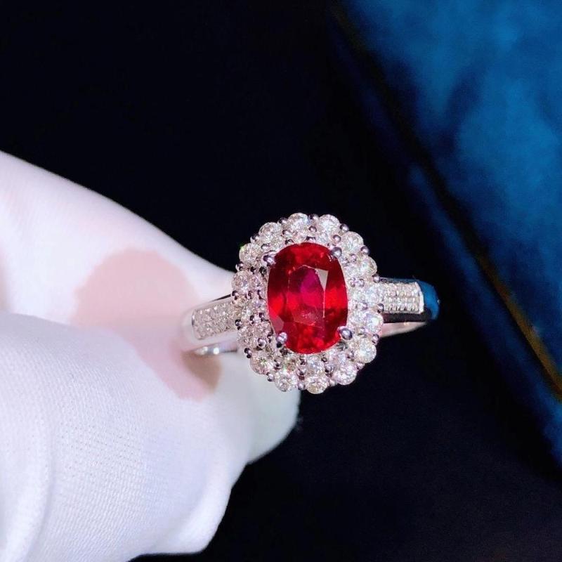 Kadın İnce Yüzük için H901 Doğal 1.16ct Kırmızı Yakut Yüzük Elmas Takı Yıldönümü dişinin Yüzük
