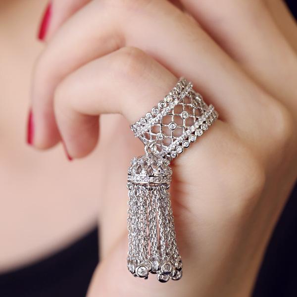 version coréenne de luxe luxe micro-incrustations zircon gland anneau de bouche brillant queue anneau joint 040