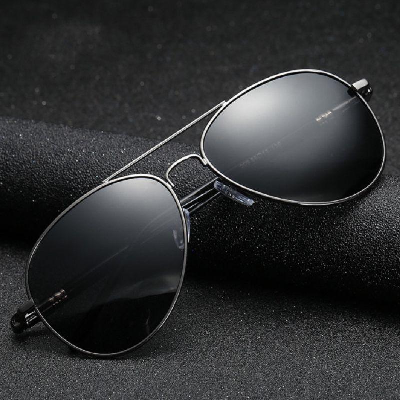 Marco de la aviación Metail calidad de la pierna de la aleación de los hombres gafas de sol polarizadas Marca Diseño Piloto de sexo masculino los vidrios de Sun de conducción
