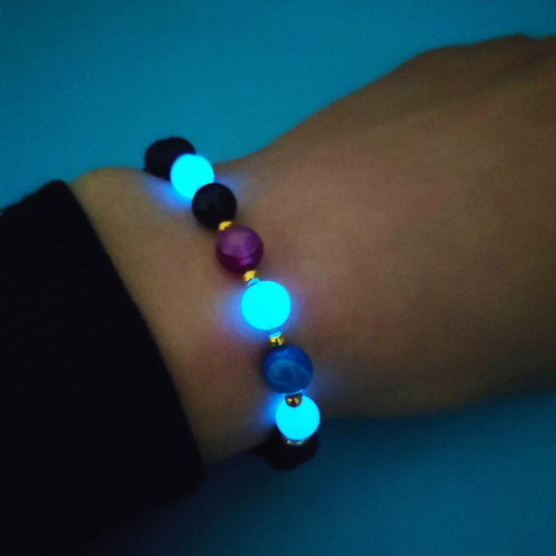 Bracelets de charme à la main multicolore en pierre volcanique naturelle bracelet lumineuse de mode lueur dans les perles sombres femmes bijoux