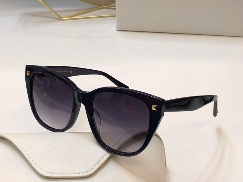 جديد 4040 مصمم ماركة شعبية إطار النظارات الشمسية موضة عين القط نظارات الشمس مع مجموعة الماس والمسامير تصميم نظارات تعال مع حالة