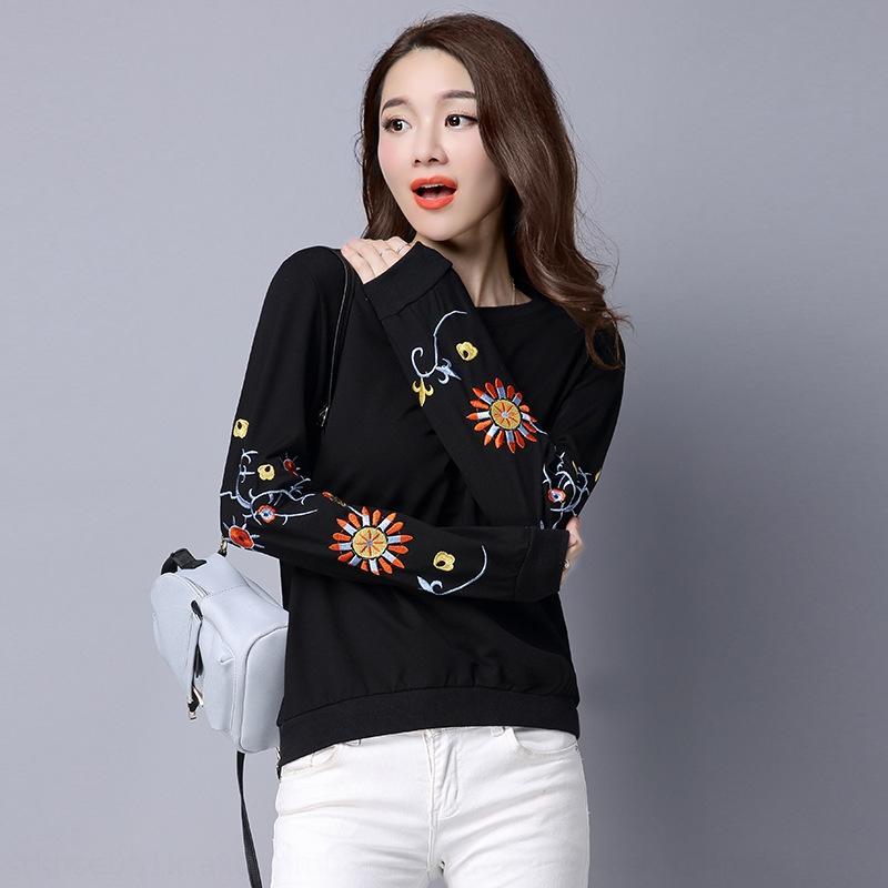 Горячая продажа осень Новый корейский стиль женщин свободный верх все-матч вокруг шеи длинный рукав футболки вышитые пуловеры футболки пуловер свитер