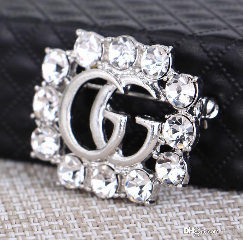 versione Hot coreana della spilla gioielli rhinestones Europa e la cava signore pieno di diamanti spilla abbigliamento lette Stati Uniti di Natale