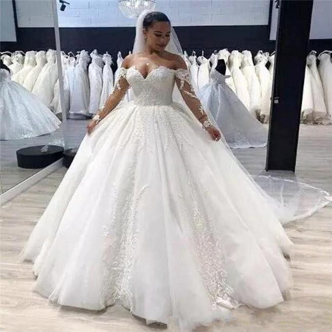 Modeste Plus Size robe de mariée vintage en dentelle Encolure longues appliques manches Fermeture à glissière arrière-pays Robes de mariée Robes de Noiva