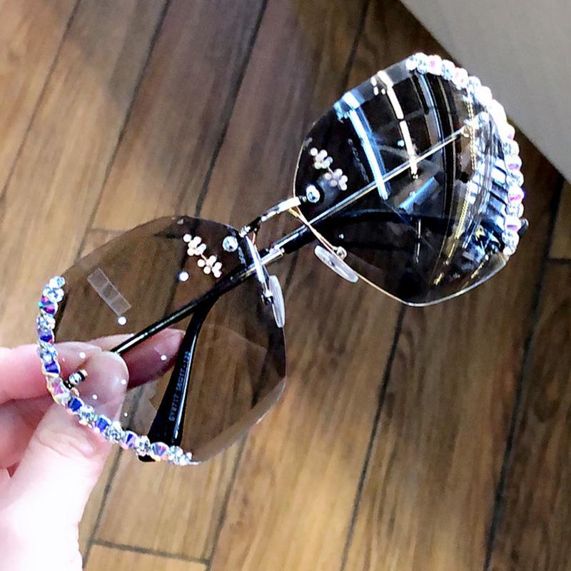 2020 Fashion Square UV400 gafas de sol de gran tamaño sin rebordes de las mujeres Diseño atractivo de los vidrios de Sun diamante para la hembra