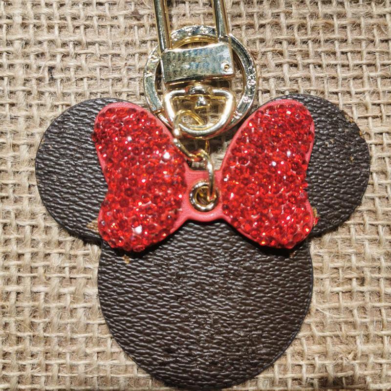 Unisexe porte-clés Porte-Monnaie Pendentif Voitures Porte-clés Anneaux pour homme femme Cadeaux Porte-clés en cuir 4 couleurs