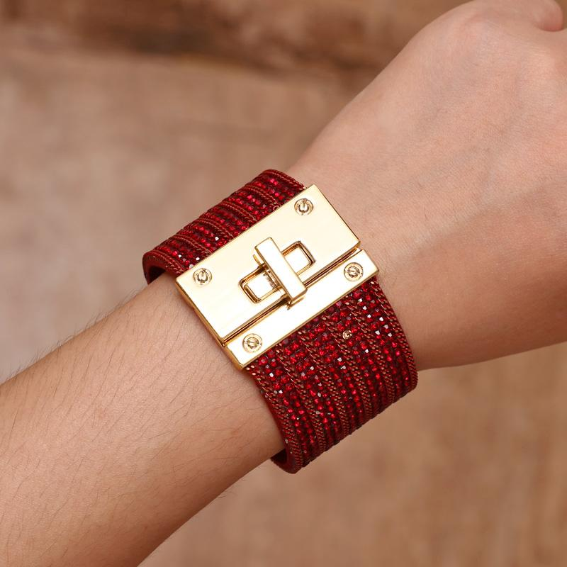 MINHIN Grande Leather Rhinestone Bracelet Pulseira por encantos Mulheres Pulseira Bijuterias Gold Lock Design Presente