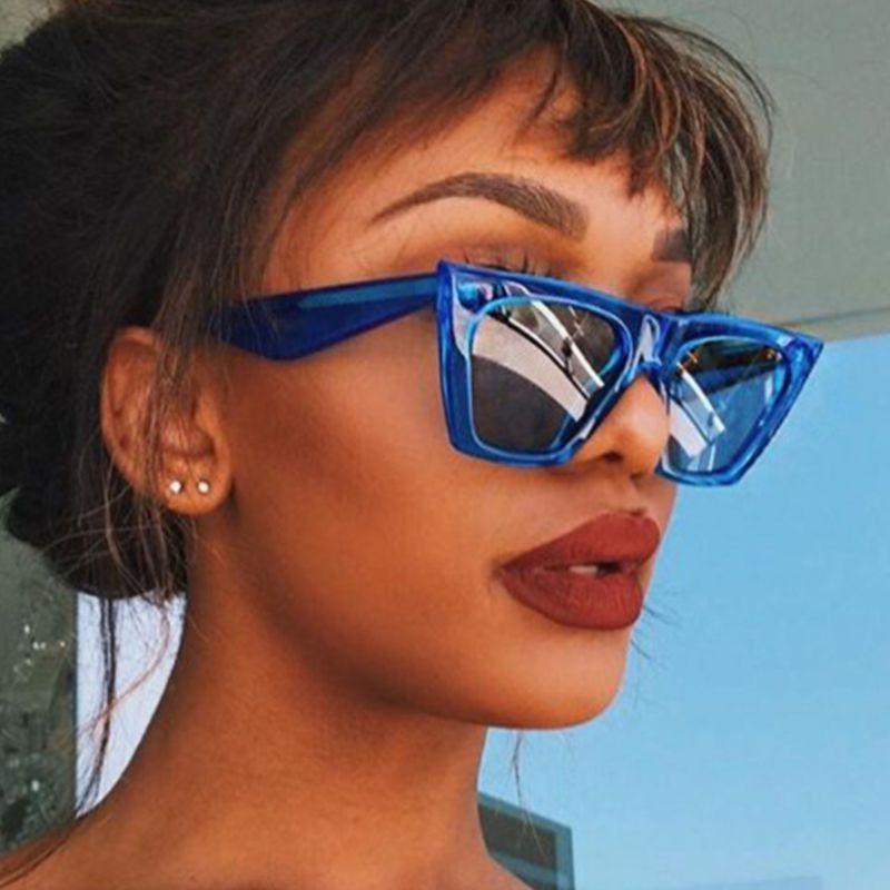Nuova tendenza Vintage Nero Occhiali da sole quadrati delle donne di marca di modo dello specchio del progettista Jelly Telaio Occhiali da sole per la femmina Shades UV400