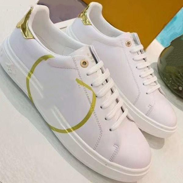 2020e высокого класса мужчин и женщин изысканный вышитые буквы низко верхней прогулочной спортивной обуви, высокого качества моды диких пара партии обуви ia32