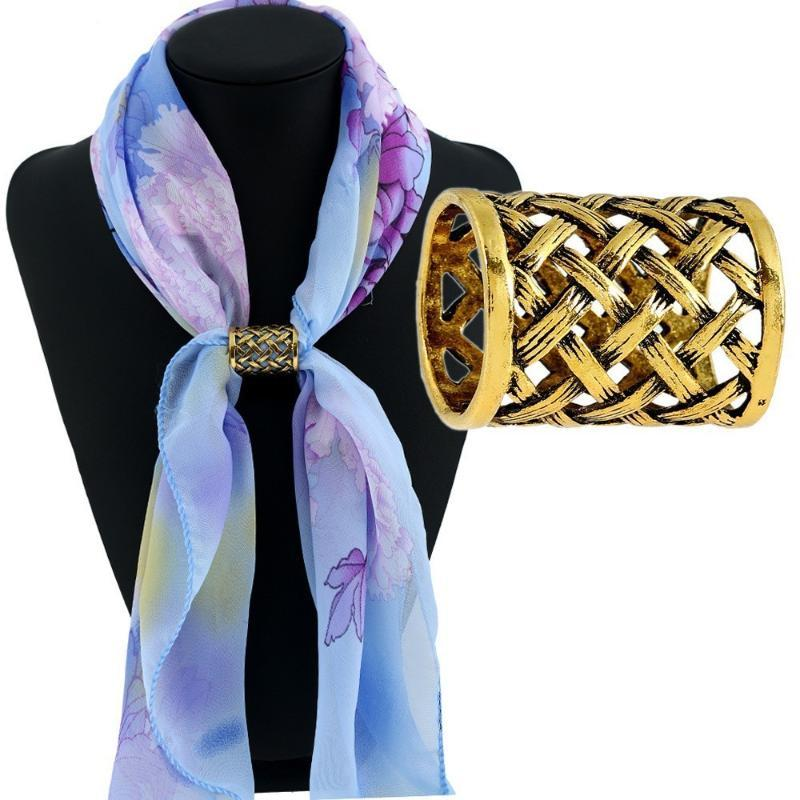 Vintage Hollow Metal Braid Scarves Buckle New Fashion Chic Women Lady Scarf Ring Clip Buckle Jewelry Broche