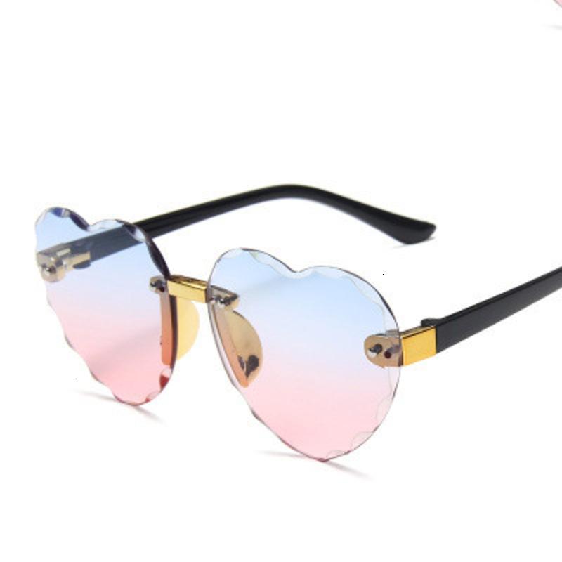 Taglio Ombra Cuore Occhiali da sole dei bambini 2020 senza cornice Ocean Lens ragazzi delle ragazze Gradient Occhiali da sole dei bambini Colore blu arancione a specchio