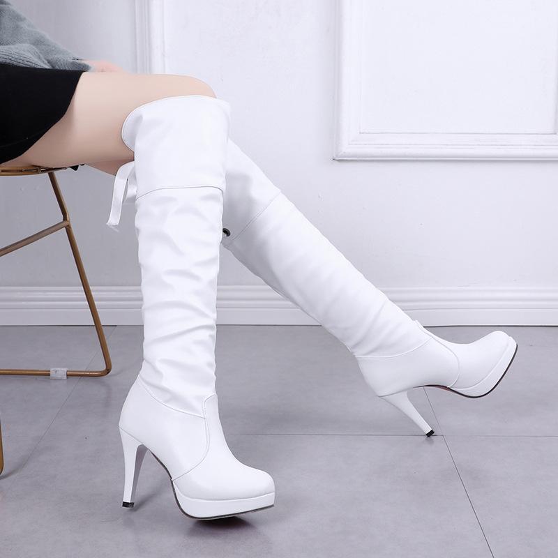 2020 Herbst und Winter neue koreanische Version des Allgleiches hochhackigen Damen-Stiefel wasserdichte Plattform Stiefel M1519