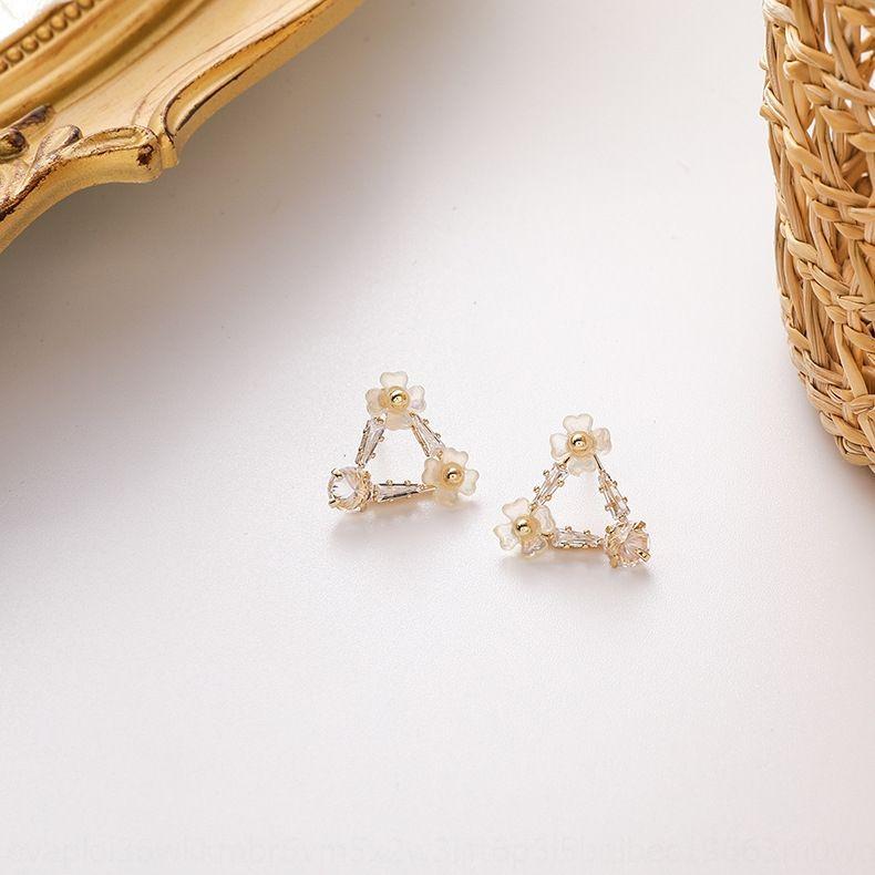3olBk estilo de Corea personalizado inconformista suave aguja de plata 925 Shell y pendientes de concha pendientes triángulo de la flor de circón amor