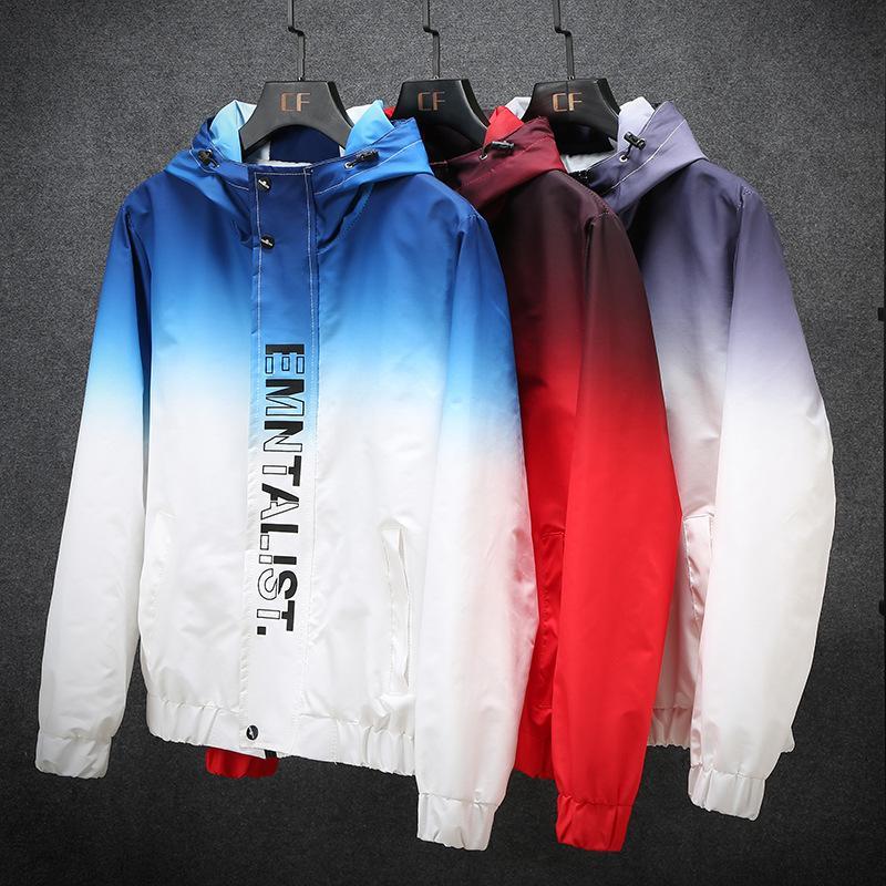 2020 Frühlings-Jacke Männer Mantel Mode dünne Windjacke Kleidung außerhalb dünne Kleidung Herbst Hohe Qualität gedruckte Logo-Männer