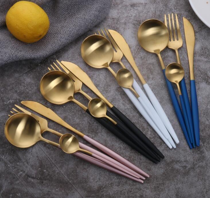 Livraison gratuite Nordic 304 cuillère couteau fourchette en acier inoxydable portugais ensemble de quatre pièces de la maison haut de gamme Western hôtel Arts de la table