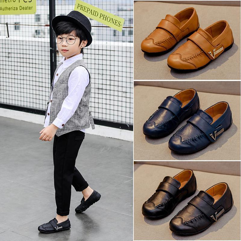 2020 couro novo Genuine Kids Shoes For Boys Vestido Moda Infantil Loafers Big Peas sapatos estilo estudante Escola de couro