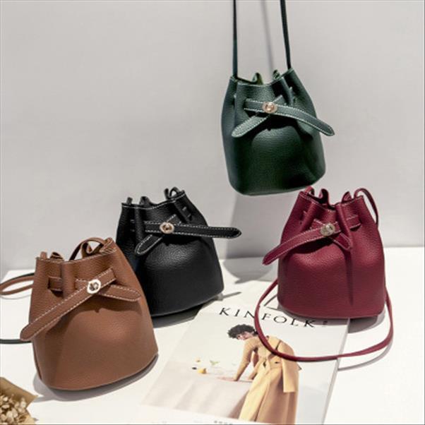 Nuove Borse benna semplici per le donne 2019 donne delle borse unità di elaborazione Lychee Piccolo spalla Crossboby Bag Moda Solid bolsa feminina