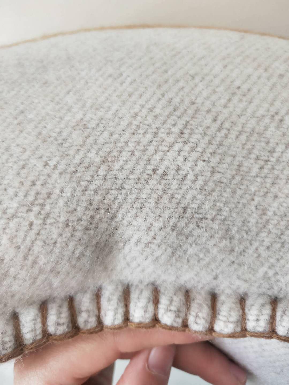 LÃ Camel H cobertor e almofada macia Lã Shawl Portátil Quente Plaid Sofá-cama malha Lance Towell do Cabo