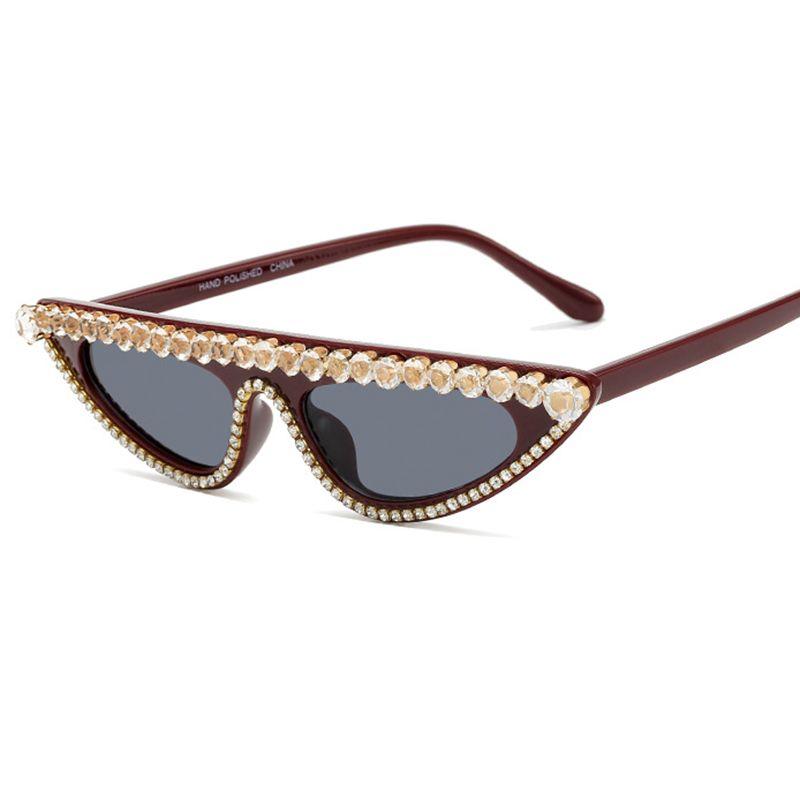 Старинные плоские кошка глаза Diamond UV400 Женщины Rhinestone Топ Солнцезащитные Очки Мода 2020 Сексуальные Кристаллические Очки Солнцезащитные Очки QQCQL