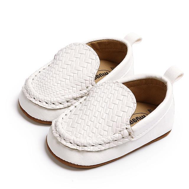 2020 clássico couro macio bebê sapatos da moda infantil Meninos Meninas Deslizamento-em Tênis Casual recém-nascido Primeiro Walkers