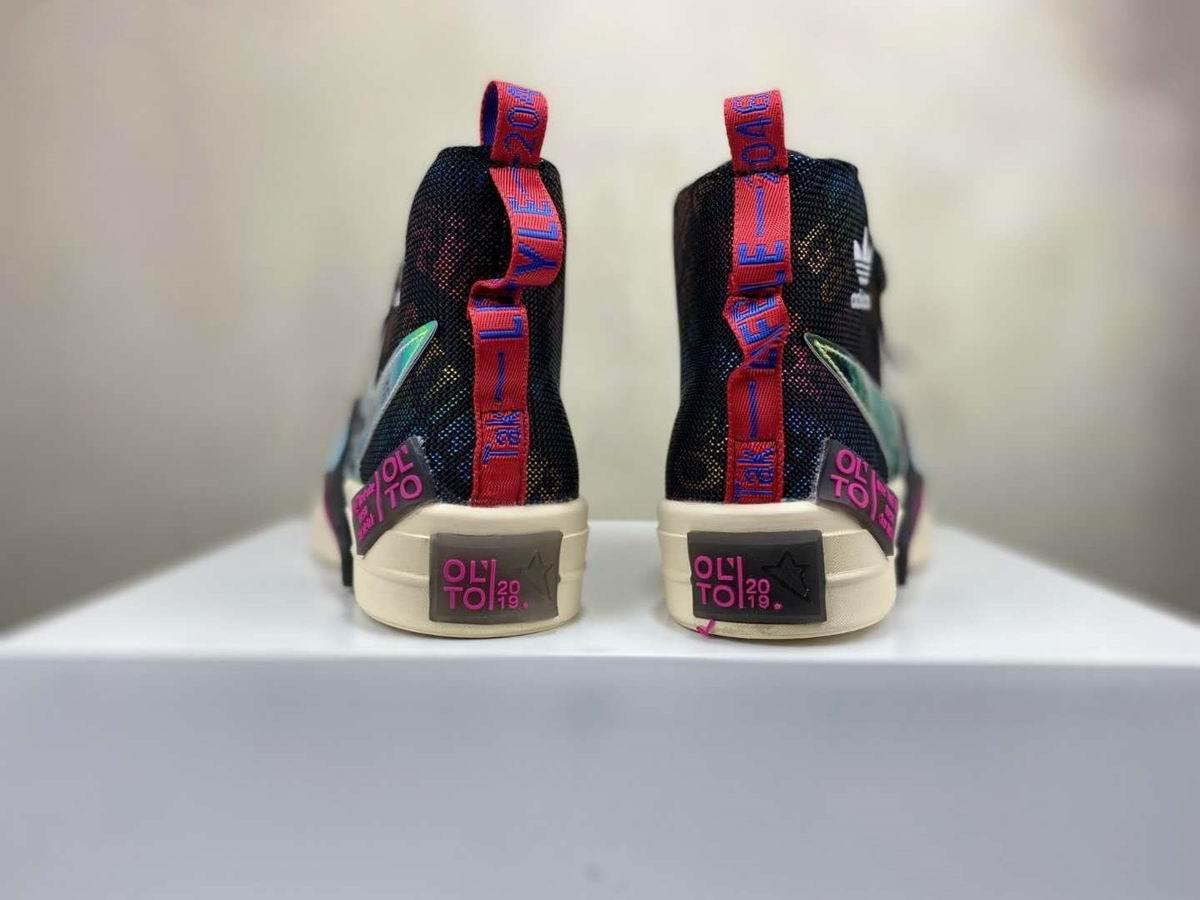 Barco rápido de alta calidad 2020 coloridos zapatos reflectantes de lona para mujeres de cuero de vaca zapatos top de moda zapatillas de deporte de moda