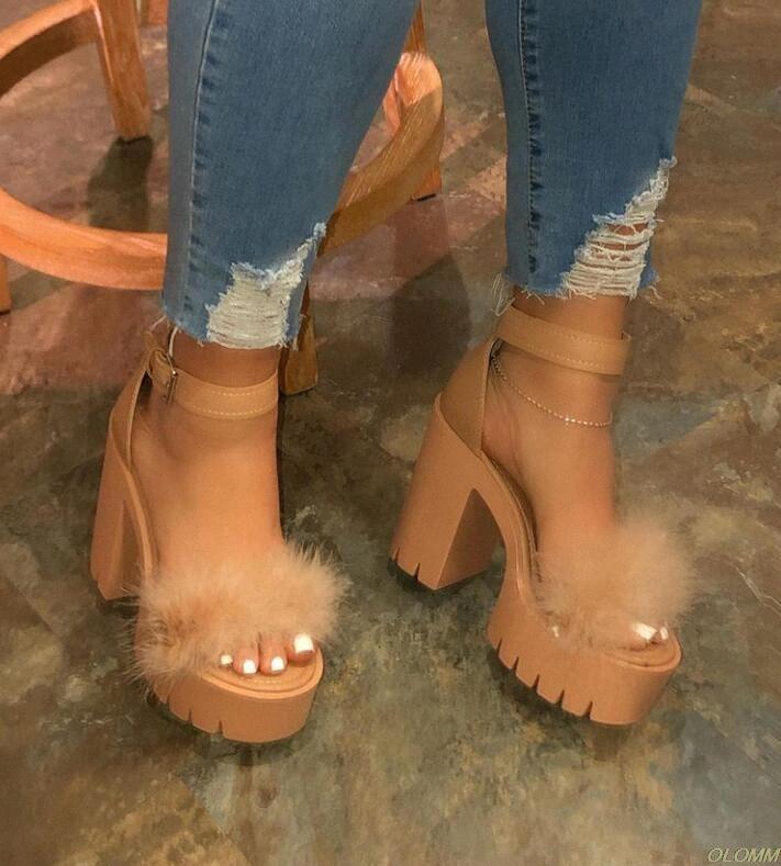 Autumn New Womens High Heeled Cruz PVC Straps Viagem Exterior sandálias de borracha inferior chinelos antiderrapante Aumento Sandals sapatos nude Wom xsMI #