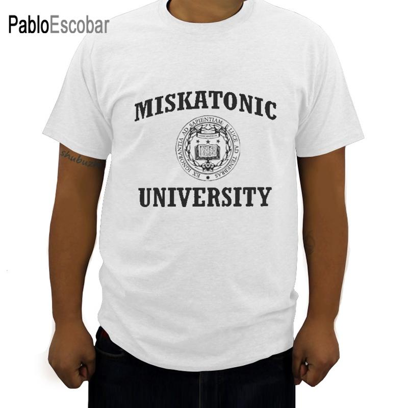 Miskatonic университет T-Shirt для мужчин Necronomicon Call Of Cthulhu Cthulu Лавкрафт Fun 100% хлопок тройник рубашки Graphic Одежды