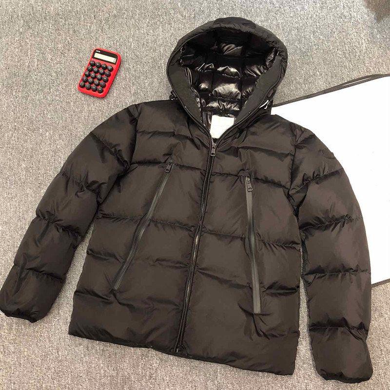 2020 Mens Casacos blusão quente grossa com capuz Letters Bordado Casual Jacket Moda Inverno Down Jacket Europa Tamanho S-2XL