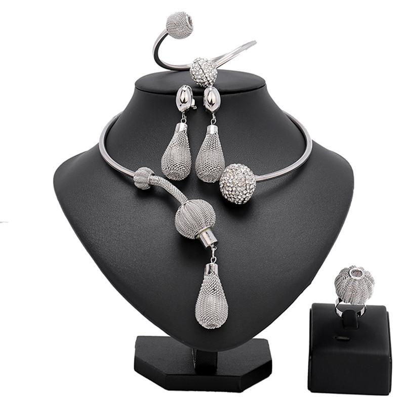 Longqu Dubai Gold-Designer-Schmuck-Set Nigeria Frauen Zubehör Brautschmuck Set Mode Afrikanische Perlen Großhandel