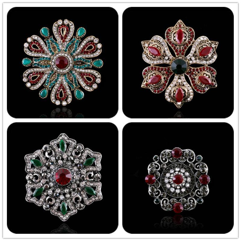 Muylinda Vintage Big cristal Broche bijoux de mariage strass banquet Broches et épingles pour les femmes Accessoires cadeau