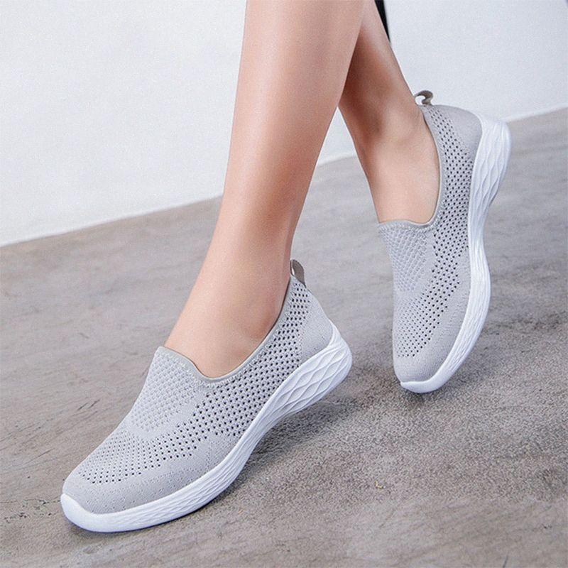Vulkanisierte Schuhe 2020 Turnschuhe der Frauen Mesh-Breath Weiblich beiläufige Slip-on-Dame-Ebenen Soft Light Frau Schuhe Hot ur19 # Gehen