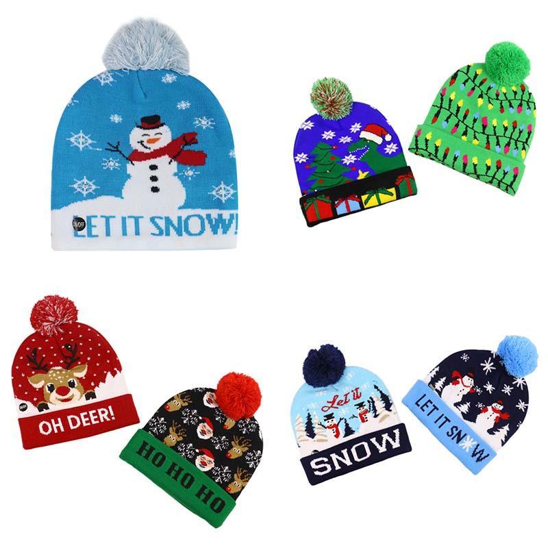 2020 Caliente-venta del nuevo invierno árbol de navidad de los alces de Navidad que ensancha gorro de punto con la bola de LED con el sombrero de luces de colores