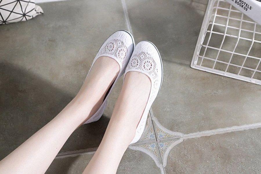 New Mulheres Flats Shoes Verão Senhoras malha sapatos baixos Mulheres macio respirável Sneakers Casual Branco Fundo Plano EPfC #