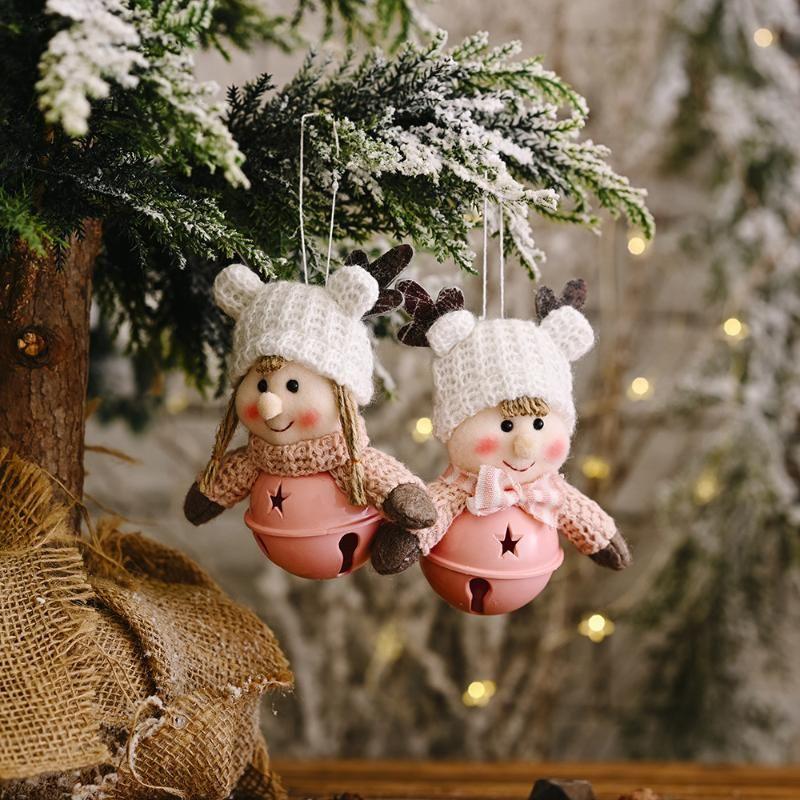 Navidad linda muñeca campanas colgante de punto de lana de tela muñeca ornamentos colgantes de la celebración de días festivos de Navidad DIY Decoración para el hogar