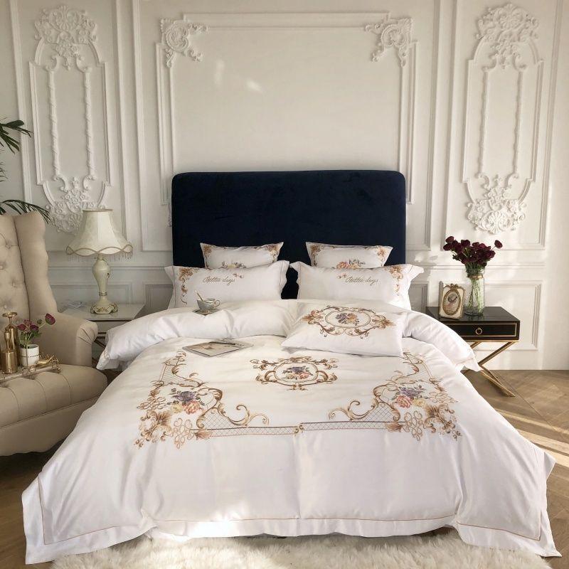 Rey Queen Size Manta cubierta plana / Equipada conjunto de la hoja de cama gris elegantes blancos bordado 4 piezas de lujo del algodón de seda de imitación de Sistemas del lecho Cl200920